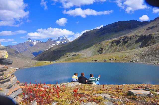 Dashaur Lake